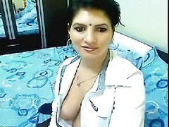 Gorgeous NRI babe online cam sex scandal